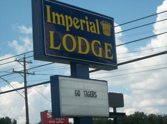 imperial-lodge